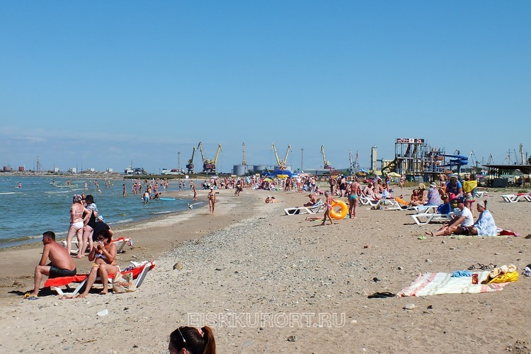 фото пляжа каменка в ейске территории россии множество